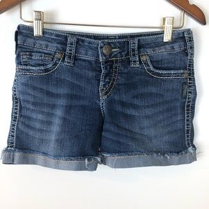 Silver Jeans McKenzie Short Flap Shorts 27
